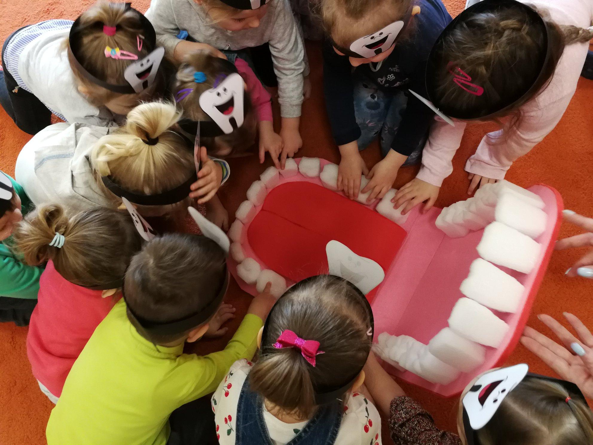 Dzień Dentysty w Kolorowym Przedszkolu